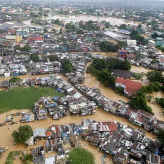 banjir-di-kabupaten-sampang-jatim