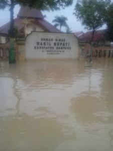 banjir di kantor Wakil Bupati